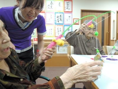 平成28年6月19日レク魚釣り山田みかさんも (400x300).jpg