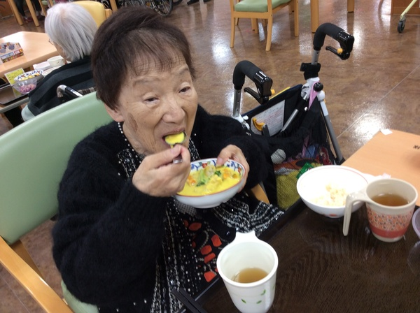 平山ハロウィン昼食.jpg